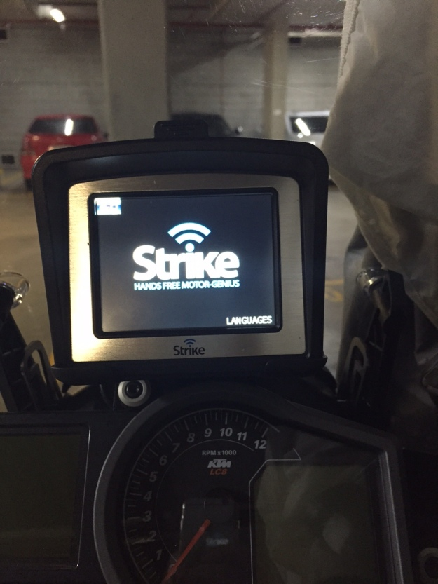 Strike-genius-BT-gps-ktm-adventure-1190
